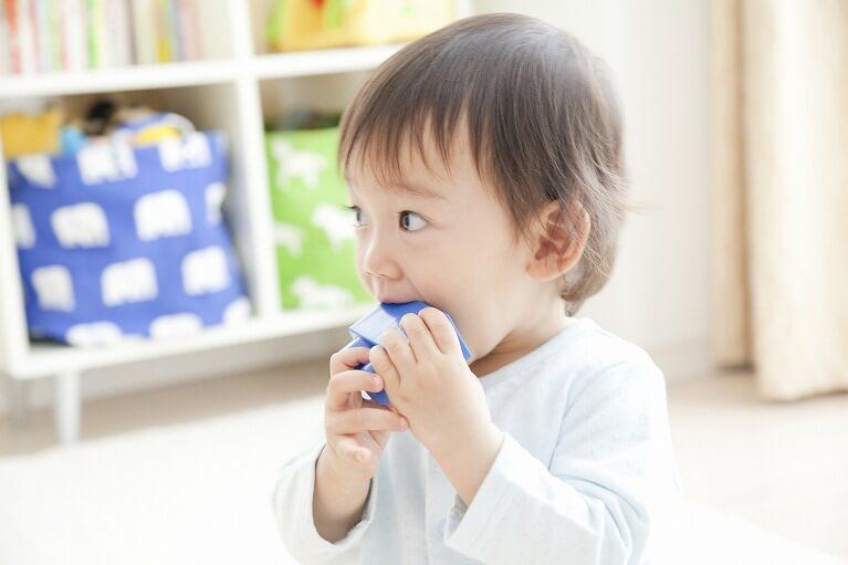悪癖を取り除いて歯並びを維持します